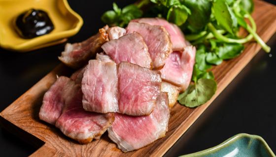 白金豚ロースト ラージ